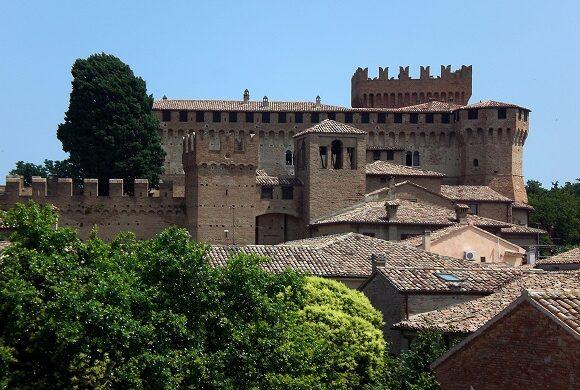 castello Gradara hotel garden riccione