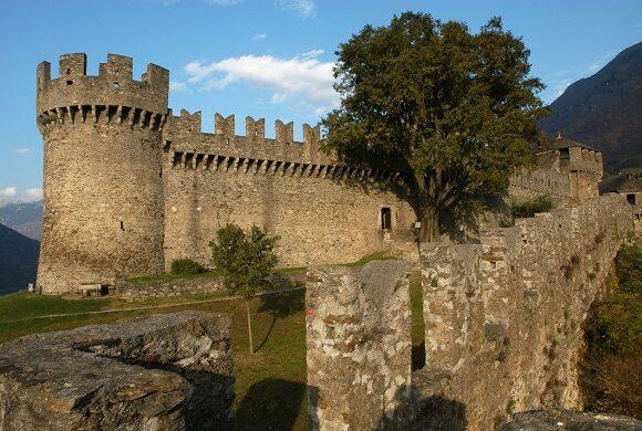 castello montebello hotel garden riccione